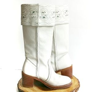 Frye Mystic White Distressed Leather Western Boots